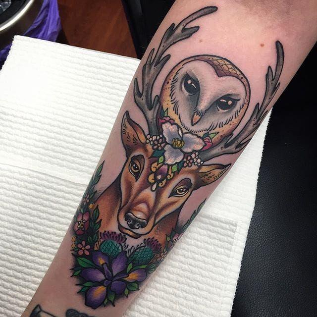 Owl and stag neo traditional piece by Sami Locke. #neotraditional #deer #stag #bird #owl #flowers #SamiLocke