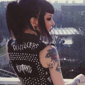 Tattoo artist Moira Ramone #tattooartist #artist #traditional #MoiraRamone