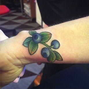 Tiny wrist blueberry tattoo by Ida Maria. #fruit #blueberry #botanical #flora #IdaMaria