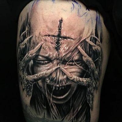 One of Jhon Gutti's most horrifying pieces (IG—jhongutti). #blackandgrey #demon #horror #JhonGutti #realism