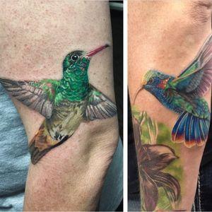 A pair of gorgeous hummingbird tattoos via Vic Vivid (IG—vicvivid). #color #hummingbirds #realism #songbirds #VicVivid