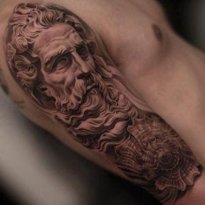 Poseidon by Jun Cha @juncha #shell #maleface #detail #blackandgrey #JunCha