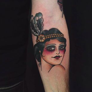Another elegant girl head tattoo done by Anem. #Anem #traditionaltattoo #girl #girltattoo #traditional #traditionalgirl