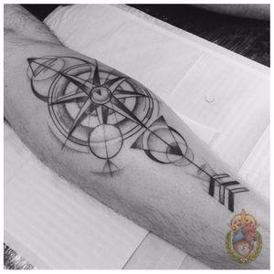 Pontilhismo e geometria #ApolonioLuz #tatuadoresbrasileiros #tatuadoresdobrasil #sketchtattoo #blackwork