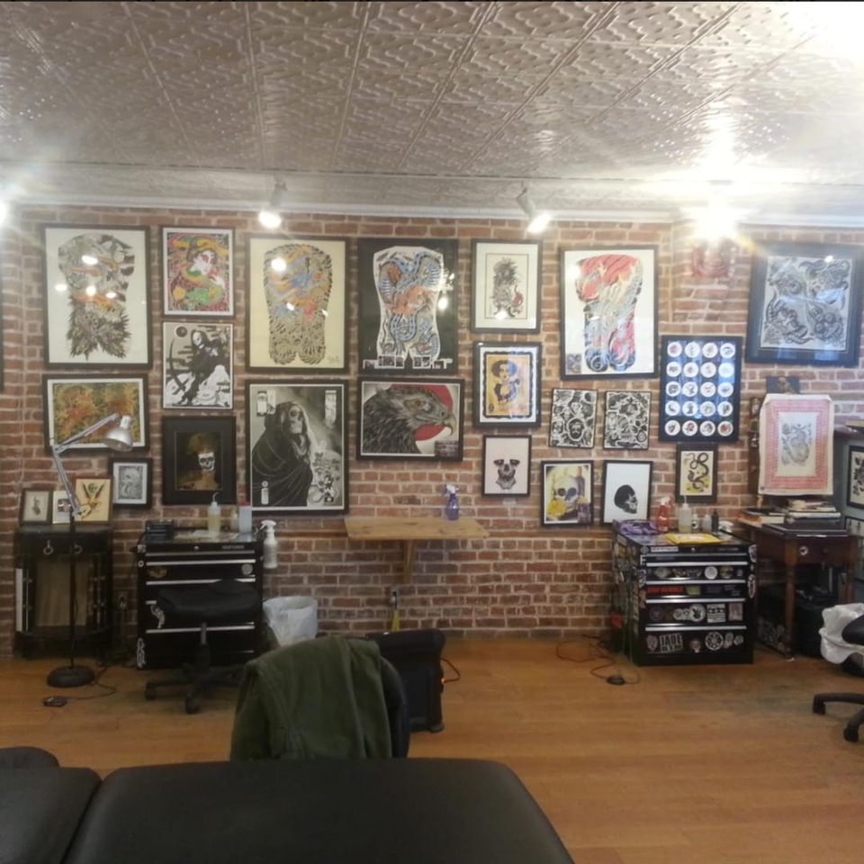 A shot of the floor at Greenpoint Tattoo Co. (IG—greenpointtattooco). #GreenpointTattooCo #NYCtattooshops