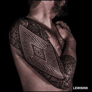 Geometric sleeve. (via IG - lewisink) #geometric #blackwork #pointillism #dotwork #sleeve #lewisink