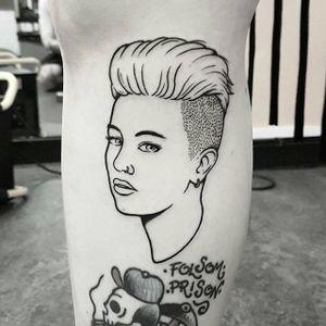 Miley Cyrus tattoo by Mr. Heggie. #MrHeggie #blackwork #uk #british #alternative #contemporary #mileycyrus