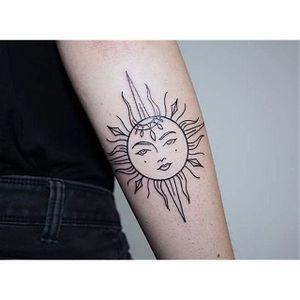 Sun by Zelina Reissinger (via IG-hala.chaya) #wrist #forearm #linework #clean #simplistic #elegant #ZelinaReissinger