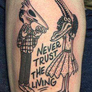 Never Trust the Living by Mike Bruce (via IG-mikebruce) #beetlejuice #nevertrusttheliving #timburton #blackandgrey #adammaitland #BarbaraMaitland #ghosts #MikeBruce
