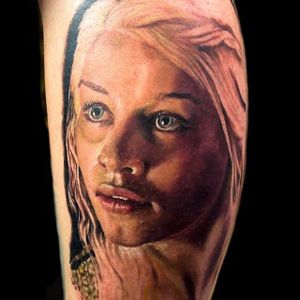 Daenerys Targaryen tattoo by Aleksander Lien #daenerys #targaryen #daenerystargaryen #gameofthrones #GOT #khaleesi #dragon #colorrealism