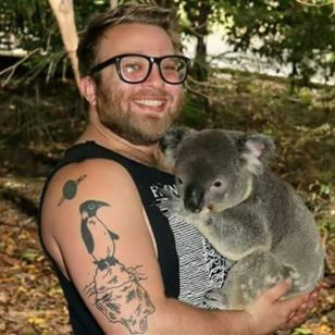 Pretus and his penguin by Jack Gribble (via Facebook) #jackgribble #pears #koala #penguin