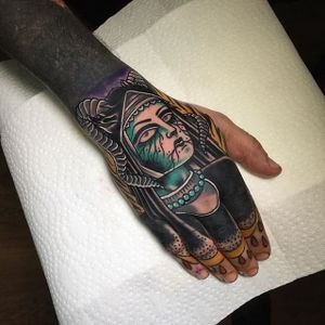 Dark Nun Tattoo by Miguel Lepage #nun #neotraditional #neotraditionalartist #contemporary #bold #canadianartist #MiguelLepage