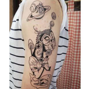 Surrealistic tattoo by Kim Tran #KimTran #illustrative #graphic #blackwork #portrait #surrealistic #fish #owl #mushroom