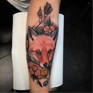 Fox tattoo by Julia Szewczykowska #JuliaSzewczykowska #fox #neotraditional