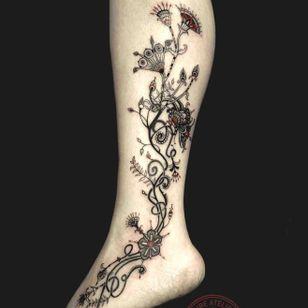 Ornamental tattoo by Marie Roura #MarieRoura #graphic #spiritual #ornamental