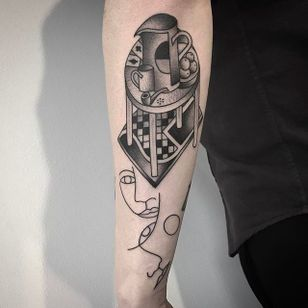 Table and faces tattoo by Caleb Kilby @CalebKilby #CalebKilby #CalebKilbyTattoo #Blackwork #Minimalist #Linework #Black #TwoSnakesTattoo #London