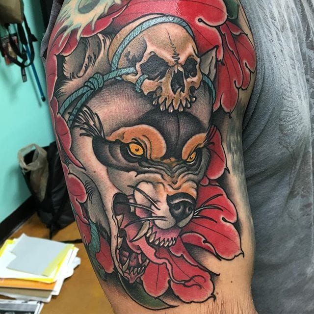 Wolf tattoo by Craig Gardyan #wolf #skull #neotraditional #CraigGardyan