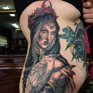 Sam Smith #SamSmith #bruxa #witch #witchtattoo #witchcraft #bruxaria #magia #magic #ocultismo #occult #woman #mulher #raven #corvo #neotraditional