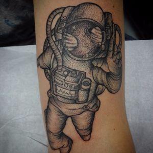 #astronauta #astronaut #nasa #FabioDamato #TatuadoresDoBrasil #pontilhismo #dotwork #blackwork #brasil