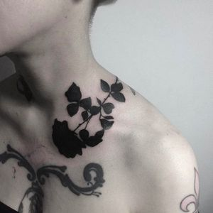 Beautiful placement for a Rose Silhouette Tattoo by Johnny Gloom @JohnnyGloom #JohnnyGloom #Black #Blackwork #BlackTattoo #Paris #Rose #Silhouette
