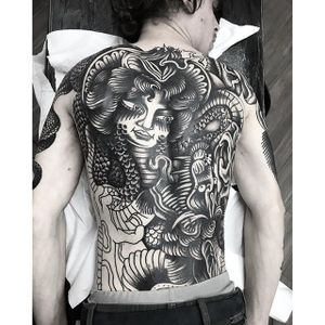 Blackwork Dragon Tattoo by Simone Ruco #blackwork #traditionalblackwork #blacktattoos #blackink #SimoneRuco #backpiece #dragon