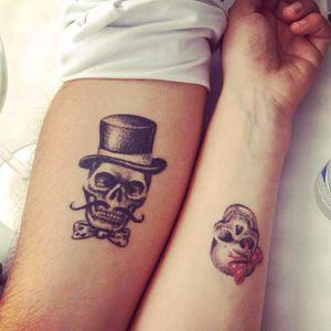 Matching skull tattoos by redcattattoo @redcattattoo #skull #skulltattoo #matchingtattoos #couplestattoos #couplestattoo #matching #dotwork #dotshading #relationshipgoals