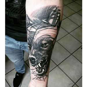 Alternative black and grey tattoo by Krzystof Sawicki. #KrzystofSawicki #blackandgrey #alternativ #sketch #wolf