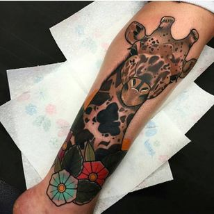 Bold neo traditional giraffe by Jake Tattoo. #flowers #bold #neotraditional #giraffe #JakeTattoo