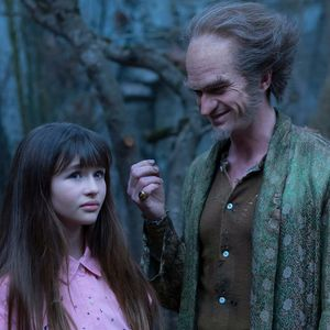 Count Olaf and Violet. #ASeriesofUnfortunateEvents #LemonySnicket #Netflix #CountOlaf