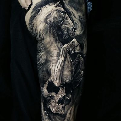 Collab tattoo by Jak Connolly and Stefano Alcantara #JakConnolly #StefanoAlcantara #cooltattoos #blackandgrey #realism #realistic #hyperrealism #horse #animal #skull #skeleton #death #nature #collab