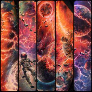 Space tattoo by Ben Klishevskiy #BenKlishevskiy #space #realism #realistic #galaxy #sun #astronaut #solarsystem #planets (Photo: Instagram)