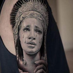 Religious piece. (via IG - veroniqueimbo) #VeroniqueImbo #BlackandGrey #Realism #Portraits #Religion