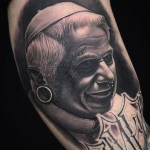 Alternative Benedict tattoo by Jumilla Olivares #JumillaOlivares #blackandgrey #realistic #portrait #dark #popebenedict #piercing #septum