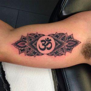 Om Tattoo by Tyson Wilkinson #TysonWilkinson #Om #Ohm #OmTattoo #spiritualtattoo