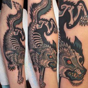 Skeletal Wolf Tattoo by Ian Bederman #animaltattoo #traditionalanimal #traditional #quirkytattoos #IanBederman #wolf #skeleton