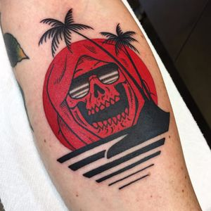 One of Frankie Caraccioli's Death in Paradise tattoos (IG—death_cloak). #DeathinParadise #FrankieCaracciolo #GrimReaper #reaper #traditional