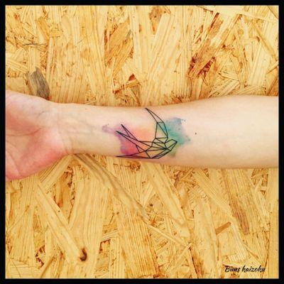 Réalisé pendant mon séjours chez @phoenixtattoo_ch a Neuchâtel en suisse 🇨🇭 #bims #bimstattoo #bimskaizoku #neuchatel #suisse #paristattoo #paris #paname #tatouée #tatouage #tatouages #origami #ligne #tatt #tatts #tatted #tattoos #tattoogirl #tattooed #tattooer #tattedgirls #tattoomodel #tattooflash #tattoostyle #tattoodo #tattoolover #tattoowork #tattooart #txttoo