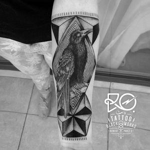 By RO. Robert Pavez • Black crow I • #engraving #dotwork #etching #dot #linework #geometric #ro #blackwork #blackworktattoo