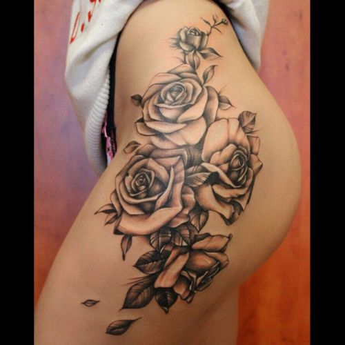 #roses #rosestattoo #hiptattoo 🌹