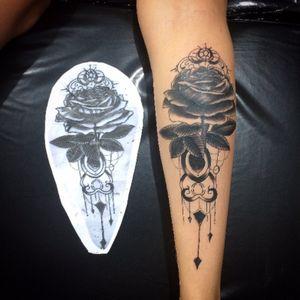 Rose blackwork Tattoo #tatoodo #tattooartist #tattoomagazine