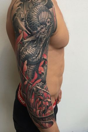 Dragon 3/4 sleeve:) #dragon #irezumi #japanesetattoo #japanese #peony #tattoodo #wearesorrymom #inkjecta #killerinktattoo #chrysanthemum