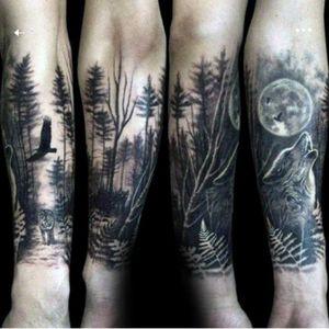 Forearm sleeve forest wildlife