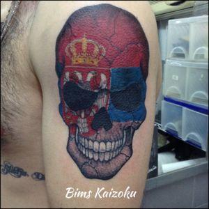 #bims #bimstattoo #bimskaizoku #bimskaizokutattoo #skull #colortattoo #serbia #flag #drapeau #blx #tag #tatoo #tatoué #tattooart #tatouage #tattooed #tattoolife #inked #yougo #paris #paname #french #france