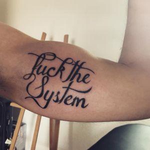 #fuckthesystem #tattoo #lettering #letteringtattoo #sebitattoosupply #jesuistattoo