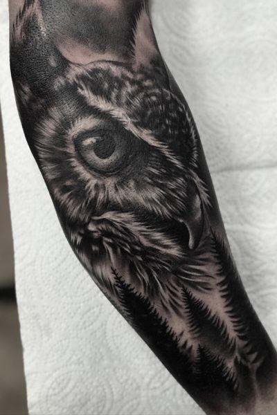 #tattoo #tattoos #tattooed #tattooideas #tattoodesign #owl #owltattoo #foresttattoo #forest #woods #animal #bird #ink #inked #blackandgray #sleevetattoo #tattoooftheday