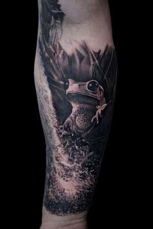 For more of my tattoos, check out www.instagram.com/bacanubogdan or www.Facebook.com/bacanu.bogdan.7 #BacanuBogdan #tattoooftheday #tattoo #blackandgrey #realism #realistic #tattooartist