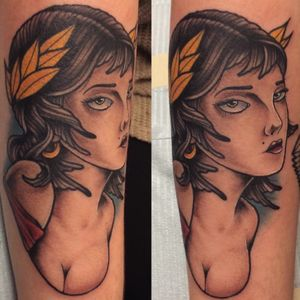 #traditional #traditionaltattoo #armtattoo #arm #women #womentattoo #oldschool #oldschooltattoo