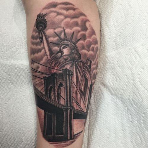 NYC #tattoosbyrodrigocanteras #Tattoodo #nyc #lovehatenewyork