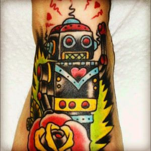 Two little robots for my two little boys would be my #megandreamtattoo 🤖❤️🤖!!!