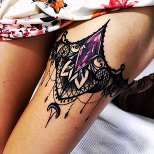 By: #OlieSiiz #jeweltattoo #ornate #details #purple #neotraditional #tattoo #thightattoo